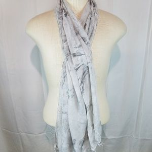 Eileen Fisher Gray Abstract Scarf Oblong
